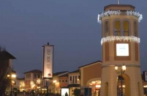 Vetrine negozi – Outlet Serravalle Scrivia